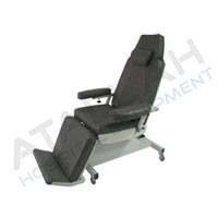 Medical Treatment Chair - Electric 1 movement